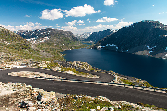 Stock Image Serpentine Road in Norway